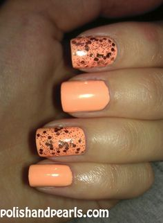 Pretty nails, orange and black specs Nails Only, Get Nails, Fancy Nails, How To Do Nails, Fabulous Nails, Gorgeous Nails, Pretty Nails, Garra, Colorful Nail Designs