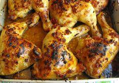 Temperado de véspera e assado no forno, este prato é uma combinação a repetir