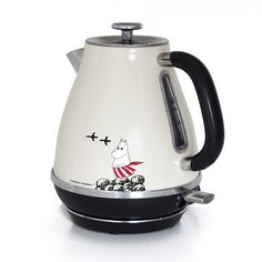 Moominmamma kettle l - The Official Moomin Shop Moomin Shop, Moomin Valley, Tove Jansson, Cord Storage, Marimekko, Small Appliances, My Dream Home, Cookware, Home Accessories