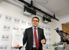Démissionnaire neuf jours après sa nomination au secrétariat d'Etat au Commerce extérieur dans le gouvernement Valls (août 2014), Thomas Thévenoud est le ministre le plus éphémère de la Ve République.