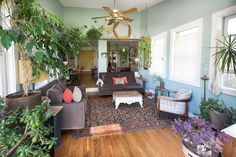 Liz & Adam's Eclectic Home With a Modern Sensibility (and a Treehouse! Home Decor Bedroom, Living Room Decor, Living Spaces, Living Rooms, Home Office Furniture, Furniture Making, Senior Home Care, Industrial House, Retro