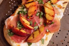 Grilled Peach Pizzas With Prosciutto