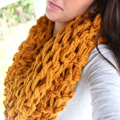 Arm Knitting: The Needle-free Knitting Trend!