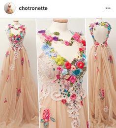 That floral dress love