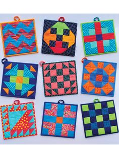 Quilted Pot Holder Patterns - These modern pot holders are the perfect addition to any kitchen! Use scraps and choose from 9 different designs! Finished size of each pot holder is x Mini Quilt Patterns, Potholder Patterns, Sewing Patterns, Block Patterns, Pattern Ideas, Quilting Patterns, Quilting Ideas, Quilting Projects, Quilting Designs