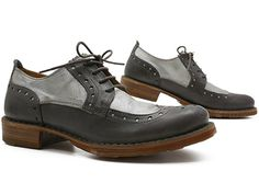 oxfords- I own these and wear them often with cuffed black skinny jeans, a white t-shirt and a jean jacket or blazer or with a tunic sweater or top.