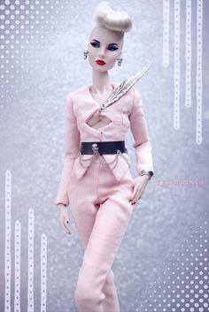 Fashion Royalty Dolls, Fashion Dolls, Hi Fashion, New Pins, Feminine Style, Beautiful Dolls, Poppies, Sexy, Pretty