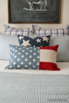 Tante S!fr@ loves this pin Southern Belle Secrets, Savvy Southern Style, Diy Pillows, Sewing Pillows, Handmade Pillows, Patriotic Bedroom, Bedroom Red, Master Bedroom, Son Quotes