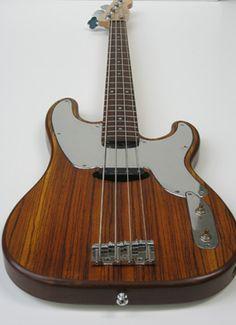 Noah Guitars Classic Bass Custom Woody.
