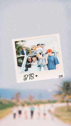 Foto Bts, Bts Bangtan Boy, Bts Jimin, Artsy Background, Bts Polaroid, Bts Texts, Bts Official Light Stick, Bts 2018, Bts Aesthetic Pictures