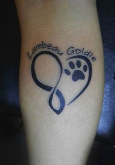 40 Amazing Dog Paw Tattoo Design Ideas | http://animals.ekstrax.com/amazing-dog-paw-tattoo-design-ideas/