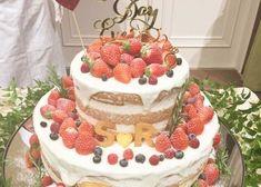 ネイキッドケーキをもっと可愛くするアレンジってどんなの? Berry Wedding Cake, Bridal Shower Cakes, Elegant Wedding Cakes, Cakes And More, Cake Toppers, Cake Decorating, Sweet Treats, Berries, Birthday Cake