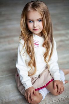 Beautiful Kids and Children Beautiful Little Girls, Cute Little Girls, Beautiful Children, Beautiful Babies, Little Babies, Cute Kids, Cute Babies, Girl Photos, Girl Pictures