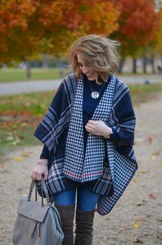 The Monogrammed Life: Fashion Friday Stylish Winter Outfits, Fall Outfits, Cute Outfits, Kids Fashion, Winter Fashion, Fashion Ideas, Red Hunter Boots, Casual Fall, Feminine Style