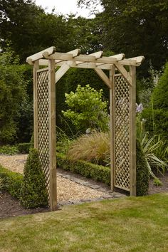Chunky High Quality Arch | British made | Strong robust & easy to build | FSC Certified | Solvent free