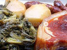 Lacón con grelos   Restaurante tapería A Táboa de Picar en Santiago de Compostela, A Coruña