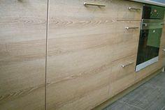 Drewno w kuchni potrafi zaskakiwać. Naturalne drewno w meblach na wymiar.