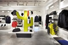 H&M store Estudio Mariscal, Barcelona