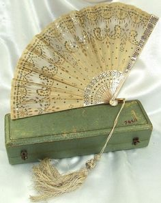 Antique French Mother of Pearl  Gold Sequins Fan in original Box    c.1845