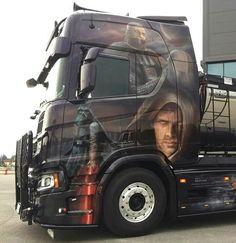 Customised Trucks, Scania V8, Show Trucks, Airbrush Art, Custom Paint, Rigs, Volvo, Vehicles, Artwork
