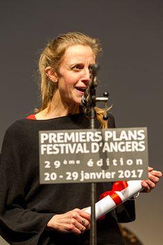 """Elsa Amiel, prix Fondation Visio catégorie """"premier scénario de long métrage"""", pour """"Pearl"""". (Photo: Thierry Bonnet/Ville d'Angers) #Angers"""
