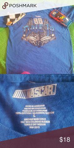 ⤵PRICE DROP⤵NASCAR DALE JR. TEE BNWOT CAN FIT A MEDIUM NASCAR Shirts Tees - Short Sleeve