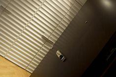 PORTFOLIO STUDIO SIMONETTI: detail@Benley Hotel (credits Luca Gambuti), architectural project of interiors,  #studiosimonetti #progettoalberghiero #bentleyhotelgenova #meliagenova #hotel5stellelusso