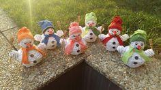 Snehuliaci! Už len ten sneh nám chýba. Autorka: Dj111. Vianoce, vianočné dekorácie, paplet, papierové pletenie.