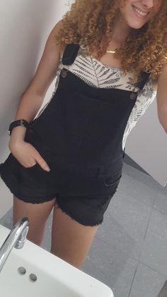 Retro Chic, Retro Vintage, Overalls Fashion, Floral Tank Top, Black Tank Tops, Black Denim, Short Dresses, Forever 21, Black White