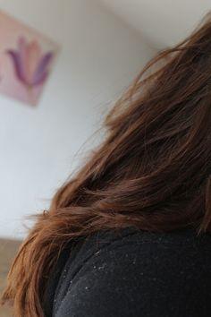 Cheveux-henné-couleur-blond-sur-brunne