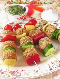 Party Snacks, Appetizers For Party, Appetizer Recipes, Dessert Recipes, Culinary Arts Schools, Baby Food Recipes, Cooking Recipes, Romanian Food, Food Decoration