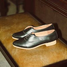 Handmade from genuine leather by fair trade. Fair Trade, Mary Janes, Character Shoes, Oxford, Dance Shoes, Slip On, Flats, Shop, Leather