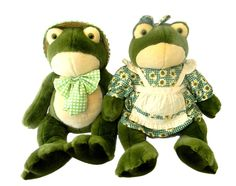 Golden Bear Co Country Boy and Girl Plush Frogs 22 in T Stuffed #GoldenBear