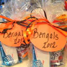 Bengal Bags by Beena... Includes Juice, rice crispy treat, fruit snack n vanilla Oreo cookies:) go Bengal Cheer:)