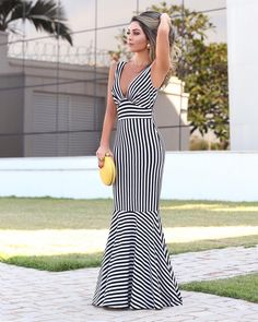 Sexy Deep V Collar Stripe Fishtail Maxi Dress - Style Evening Dresses Beautiful Dress Designs, Beautiful Dresses, Fishtail Maxi Dress, Dresses Elegant, Evening Dresses, Summer Dresses, Maxi Dresses, Dress Outfits, Summer Outfits