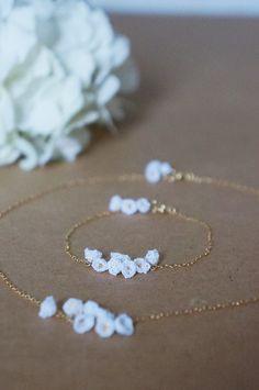 crochet bracelet by cotoyo matsue