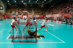 World Floorball Championship 2012 - Switzerland beats Singapore 35-0! Fair Play wäre bei diesem Skore wohl gewesen, wenn man dem Gegner wenigstens noch den Ehrentreffer zugestanden hätte... #floorball #unihockey