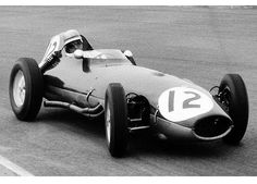 1959 Innes Ireland, Lotus 16 Clímax; a very 'non-Innes' helmet!
