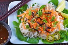 Noodle lovers, rejoice! This 10 minute salad is packed with flavor and healthy ingredients!