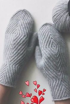 Ideas For Crochet Mittens Tricot Knitted Mittens Pattern, Crochet Mittens, Knitted Gloves, Knitting Socks, Knitting Stitches, Hand Knitting, Knitting Patterns, Knitting Machine, Knitting Needles