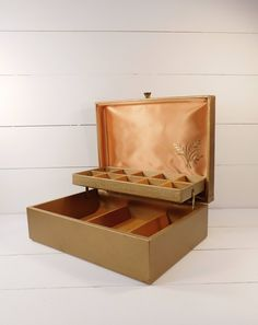 Vintage Gold Lady Buxton Jewelry Box, Jewelry Storage Box, Mid Century Jewelry Box