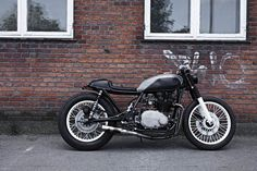 Simple cafe racer with painted engine block