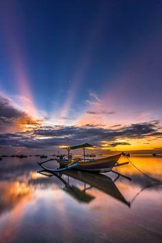 The spotlight by Rizki Mahendra http://goo.gl/4Jne6T