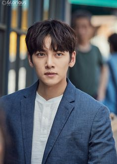 "Glorious Entertainment continues their winning streak with yet another portfolio featuring Ji Chang Wook in behind-scenes and stills from the last few episodes of ""Suspicious Partner. Ji Chang Wook, Korean Men, Asian Men, Asian Boys, Asian Actors, Korean Actors, Korean Dramas, Healer Drama, Suspicious Partner Kdrama"