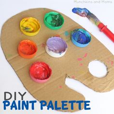 Homemade paint palette for your kids to paint with.  helpmegrowutah.org