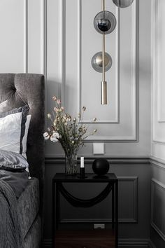 Inside a Refined Stockholm Apartment in Shades of Grey - Nordic Design Modern Classic Interior, Classic Home Decor, Classic House, Modern Classic Bedroom, Black Interior Design, Two Tone Walls, Stockholm Apartment, Built In Cabinets, Design Blog