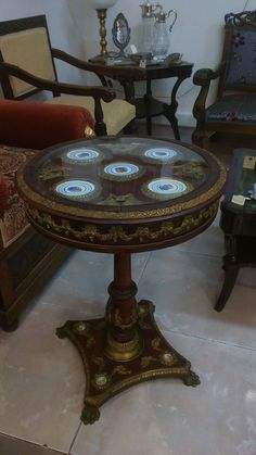 Franch coffee table with porcelain decoration