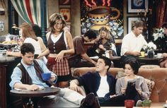 Matthew Perry as Chandler Bing, Jennifer Aniston as Rachel Green, Matt Le Blanc as Joey Tribbiani,  Courteney Cox as Monica Geller ~ Friends: Season 2, Episode 2 ~ The One With the Breast Milk