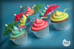 Images For > Luau Cupcakes With Umbrella Luau Cupcakes, Cocktail Cupcakes, Themed Cupcakes, Baking Cupcakes, Cupcake Cookies, Hawiian Cupcakes, Cocktail Desserts, Baking Desserts, Luau Theme