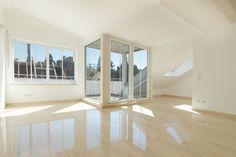 Untermenzing/Hartmannshofen: Lichtdurchflutete 2-Zimmer-Dachgeschosswohnung mit Loggia Details: http://www.riedel-immobilien.de/objekt/2809
